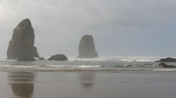 Cannon Beach, Low tide, L.S. Berthelsen, Pacific ocean, West coast, oregon coast,